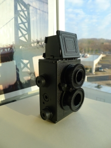Go retro with a Recesky TLR Camera